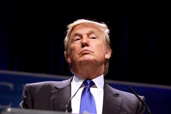 Élection présidentielle américaine : Donald Trump, ou le culte de l'inculture