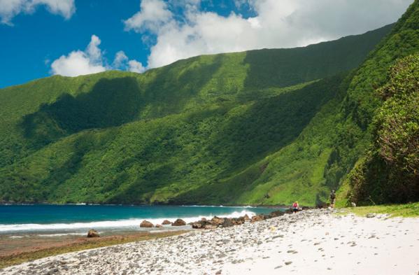 Avec ses panneaux solaires et ses batteries, Elon Musk a rendu cette île du Pacifique autonome