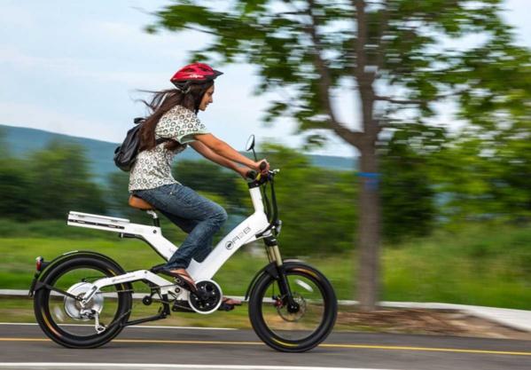 E-bike, e-scooter... Quel deux-roues choisir pour des déplacements zéro émission ?