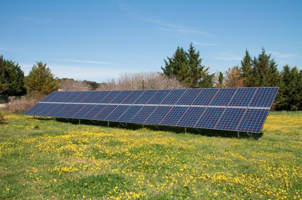 Grâce à l'autoconsommation d'énergie, il économise 1500 euros par an sur sa facture d'électricité