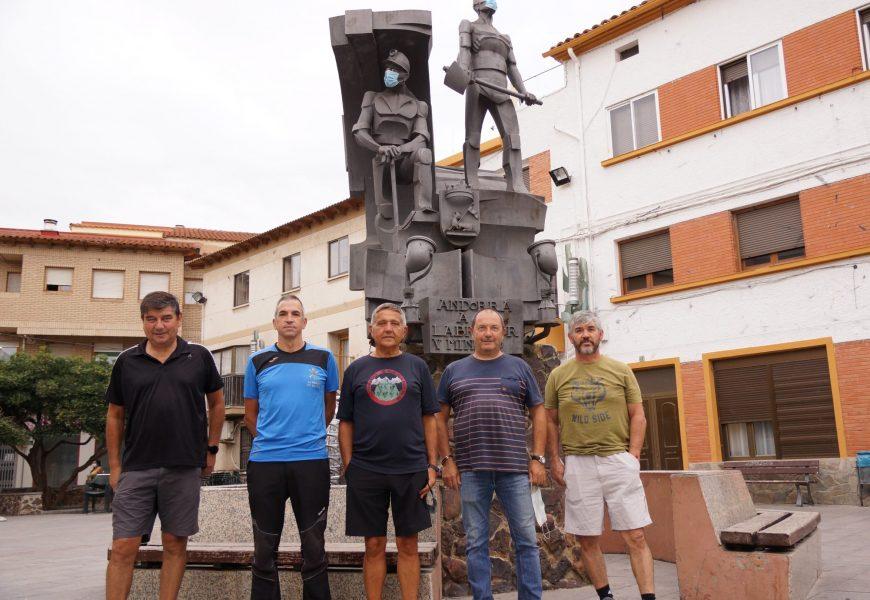 De gauche à droite José Manuel, Ángel, Joaquín, Jose Juis, Antonio. Tous anciens mineurs de charbon.