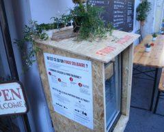 Contre le gaspillage alimentaire, ils créent le premier frigo solidaire de Paris