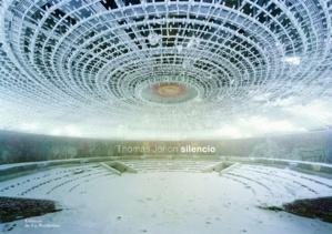 """[diaporama] """"Silencio"""" : plongée dans les vestiges de notre espèce"""