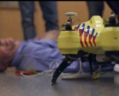 """Ce """"drone-ambulance"""" vole au secours des victimes d'attaques cardiaques"""