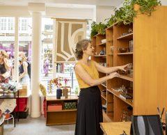 À Paris, un magasin pour démocratiser la seconde main