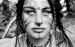 Reportage au Rainbow Gathering, le festival underground des hippies européens