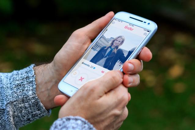 Tinder surprise : quand les applis de rencontre nous font vivre l'improbable