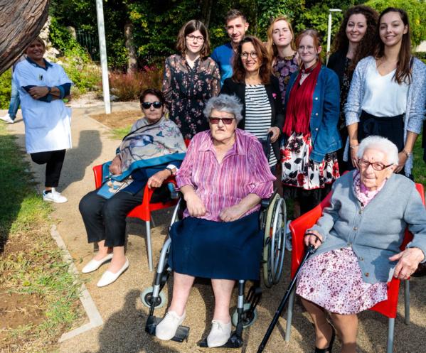 Des logements étudiants dans des maisons de retraite : le concept se développe en France