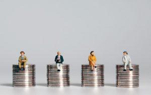 Face à la crise, le revenu universel refait surface