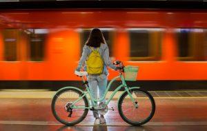 Espaces pour les vélos dans les transports en commun : la France en retard
