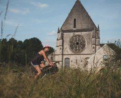 Un refuge de haute campagne pour cyclistes à 80 km de Paris