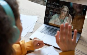 Pendant le confinement, le mentorat a fait barrage au décrochage scolaire