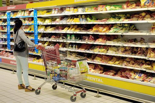 C'est officiel, les supermarchés devront donner leurs invendus
