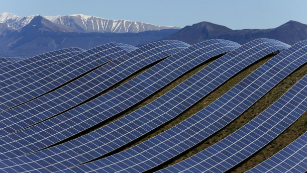 Énergies renouvelables : dans quel pays embauchent-elles le plus ?