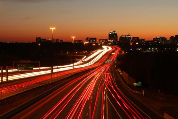 Le Royaume-Uni, premier État à lancer un réseau de routes électriques