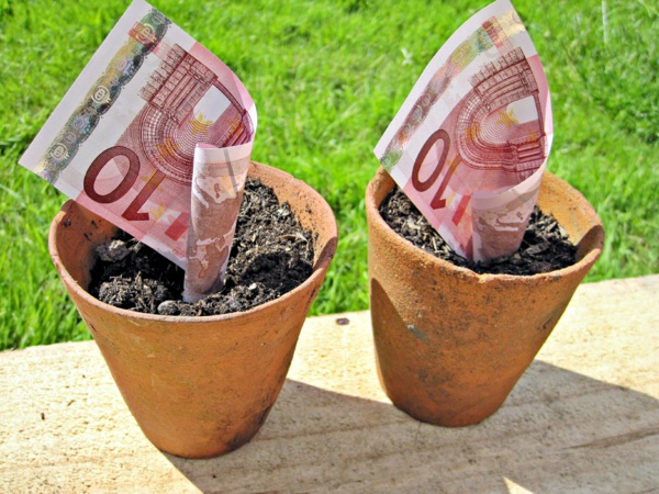 Finlande, Pays-Bas, Suisse... Le revenu universel va-t-il conquérir l'Europe ?