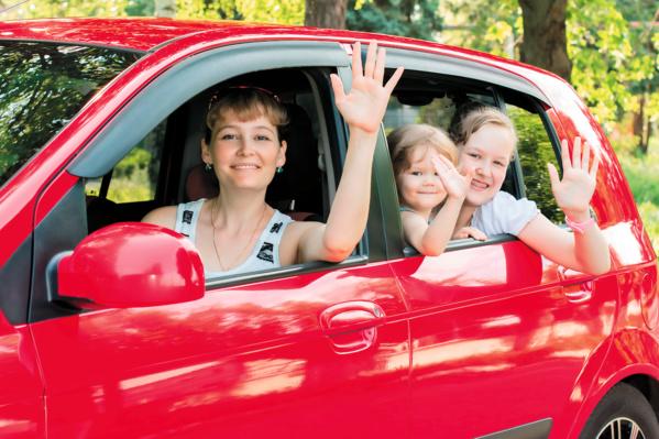 À pied et en voiture, des plateformes pour mutualiser le transport des enfants