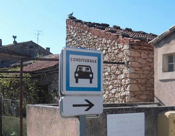 Cet été, les Franciliens peuvent court-voiturer gratuitement avec leur pass Navigo