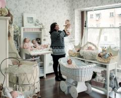"""Les """"reborn"""", ces bébés artificiels qui soignent leurs """"parents"""""""
