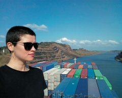 Tour du monde en cargos : seule avec les relous des mers