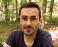 Philoxime, le Youtubeur philosophe qui débat du climat