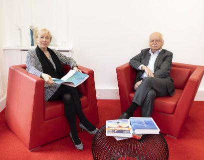 Elisabeth Ayrault, présidente de la CNR, et Erik Orsenna, académicien français, évoquent l'avenir des fleuves.
