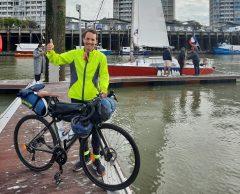 EN PHOTOS. Journal de bord : il rejoint la COP26 à vélo