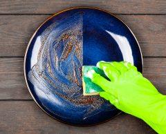 Lavage à la maison ou au lave-vaisselle, lequel est le plus écolo ?