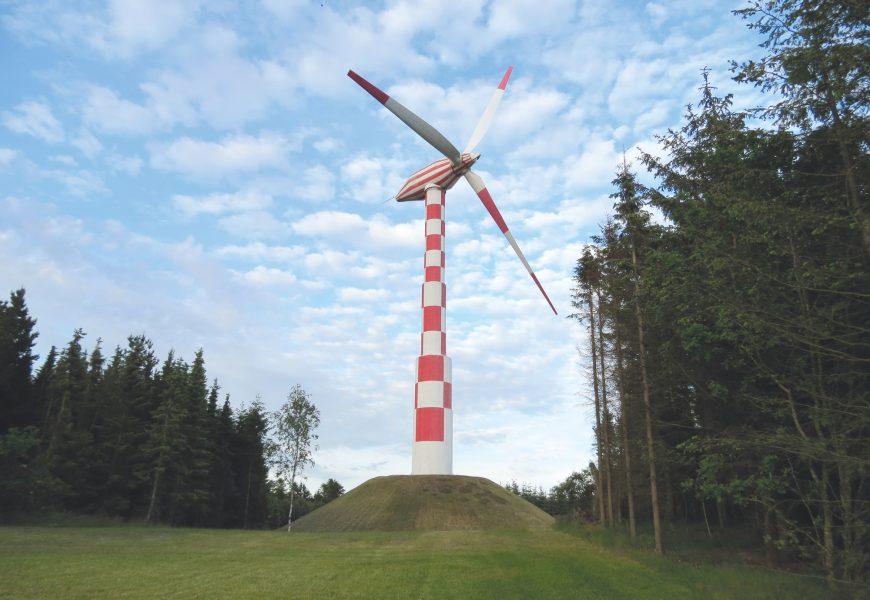 éolienne / éoliennes