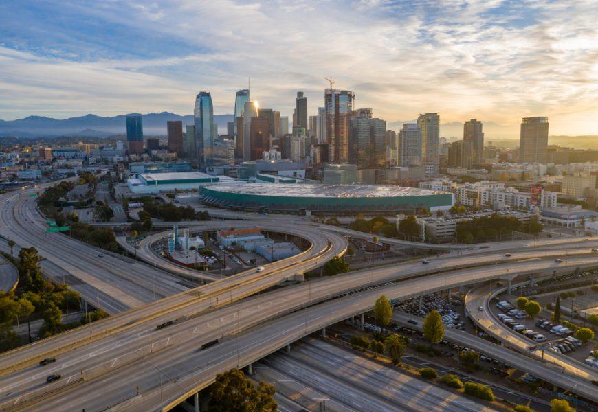 Rues vides de Los Angeles pendant le confinement